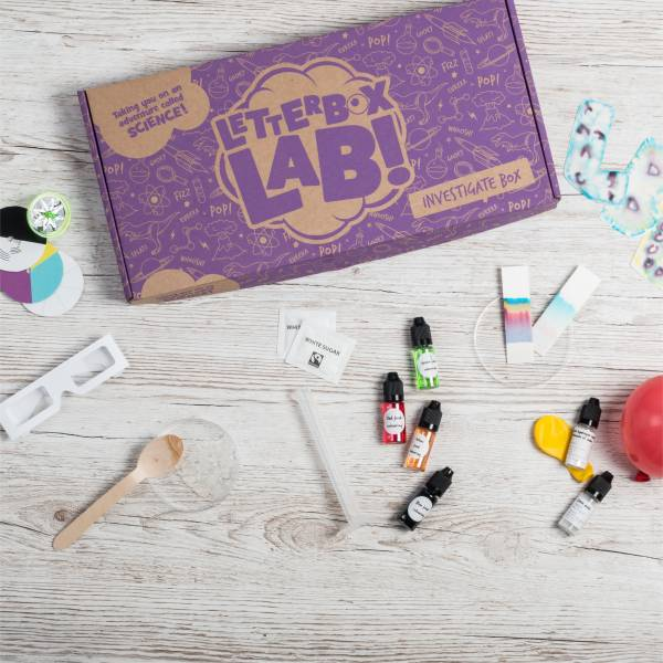 The Investigate Box is a science subscription box from Letterbox Lab that puts incredible science experiments for kids age 8+ through your letterbox.